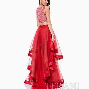 Terani Couture 2 Piece Dress Gown sz 2